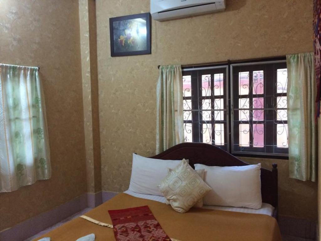 Standard Double Bed Coconut Two In One Guesthouse