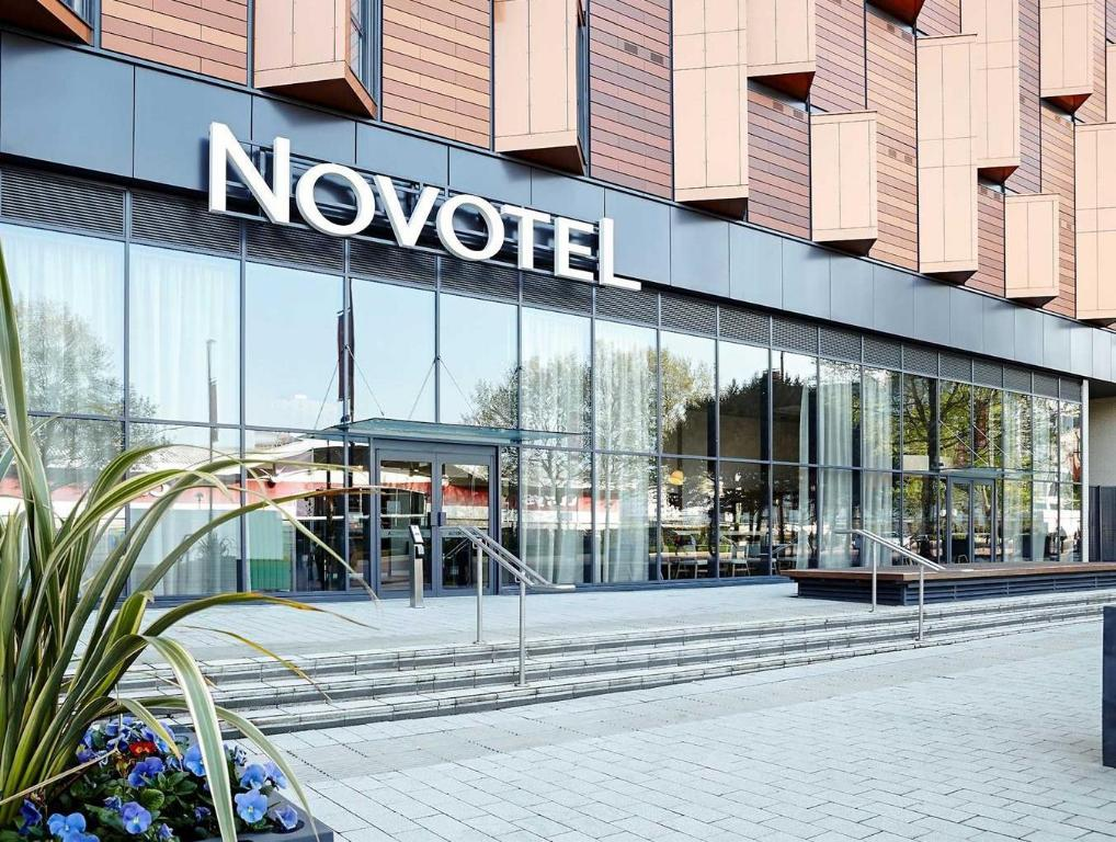 More About Novotel London Wembley Hotel
