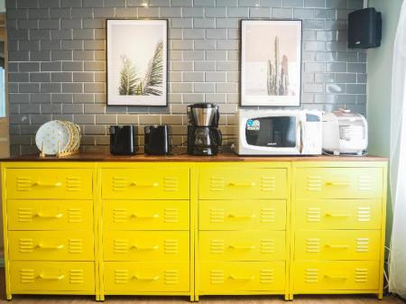 Kitchen Yellow Guesthouse
