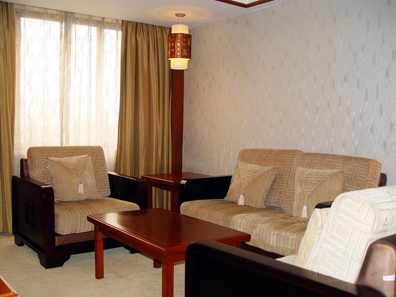 Business Suite - Gedung Timur (Business Suite - East Building)