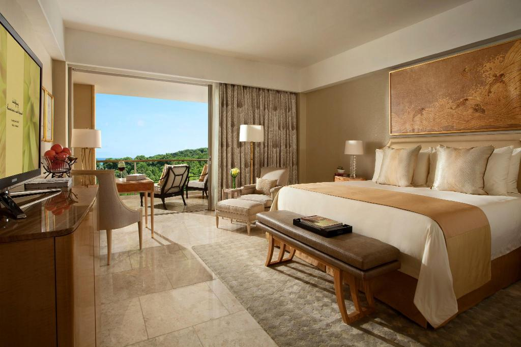 Grandeur Double - Bedroom Mulia Resort