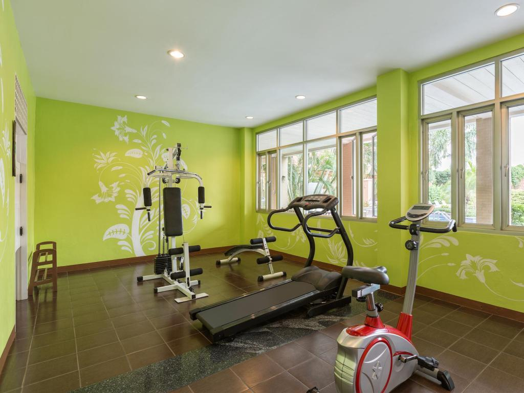 Fitness center Eastern Grand Palace Hotel