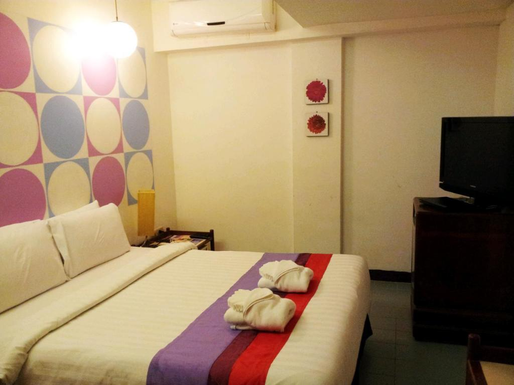 Standard Double Room No Window - Guestroom Sawasdee Sukhumvit Inn Hotel
