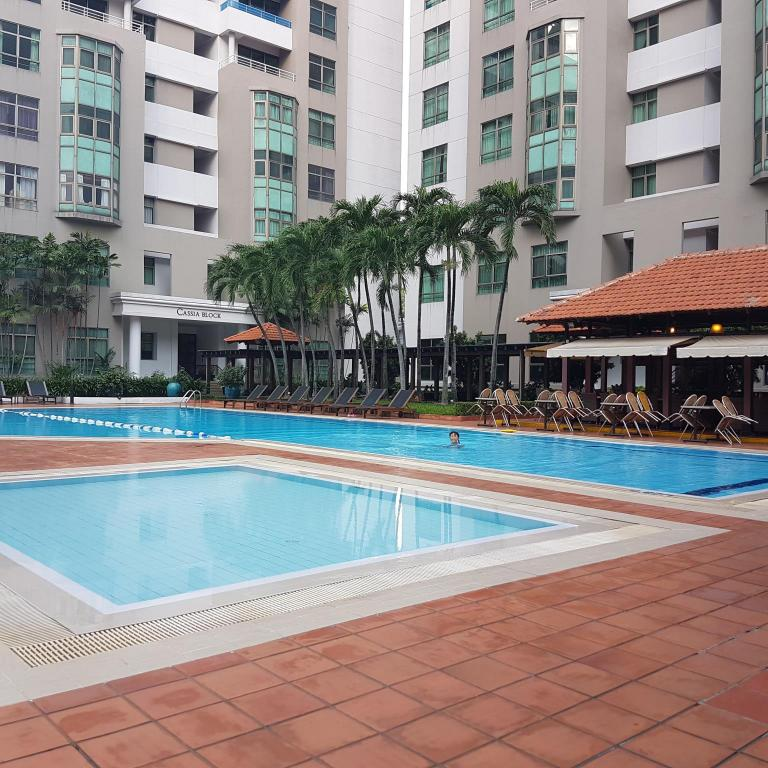 Бассейн  Somerset Ho Chi Minh City Serviced Residence
