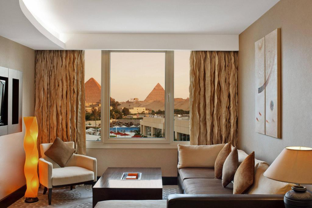 Premium Deluxe, Suite, 1 King, Sofa bed, Pyramids view