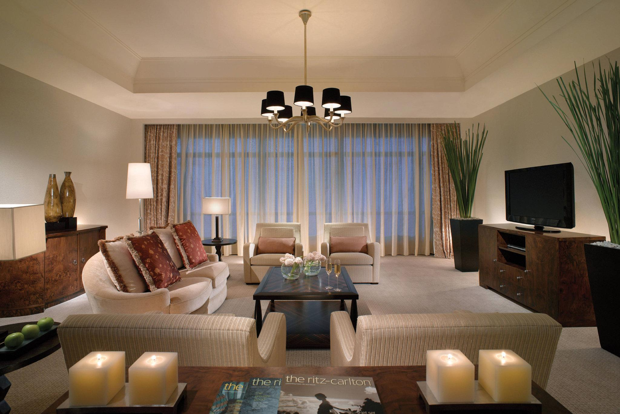 Ritz-Carlton Suite, Club level, 1 Bedroom Executive Suite