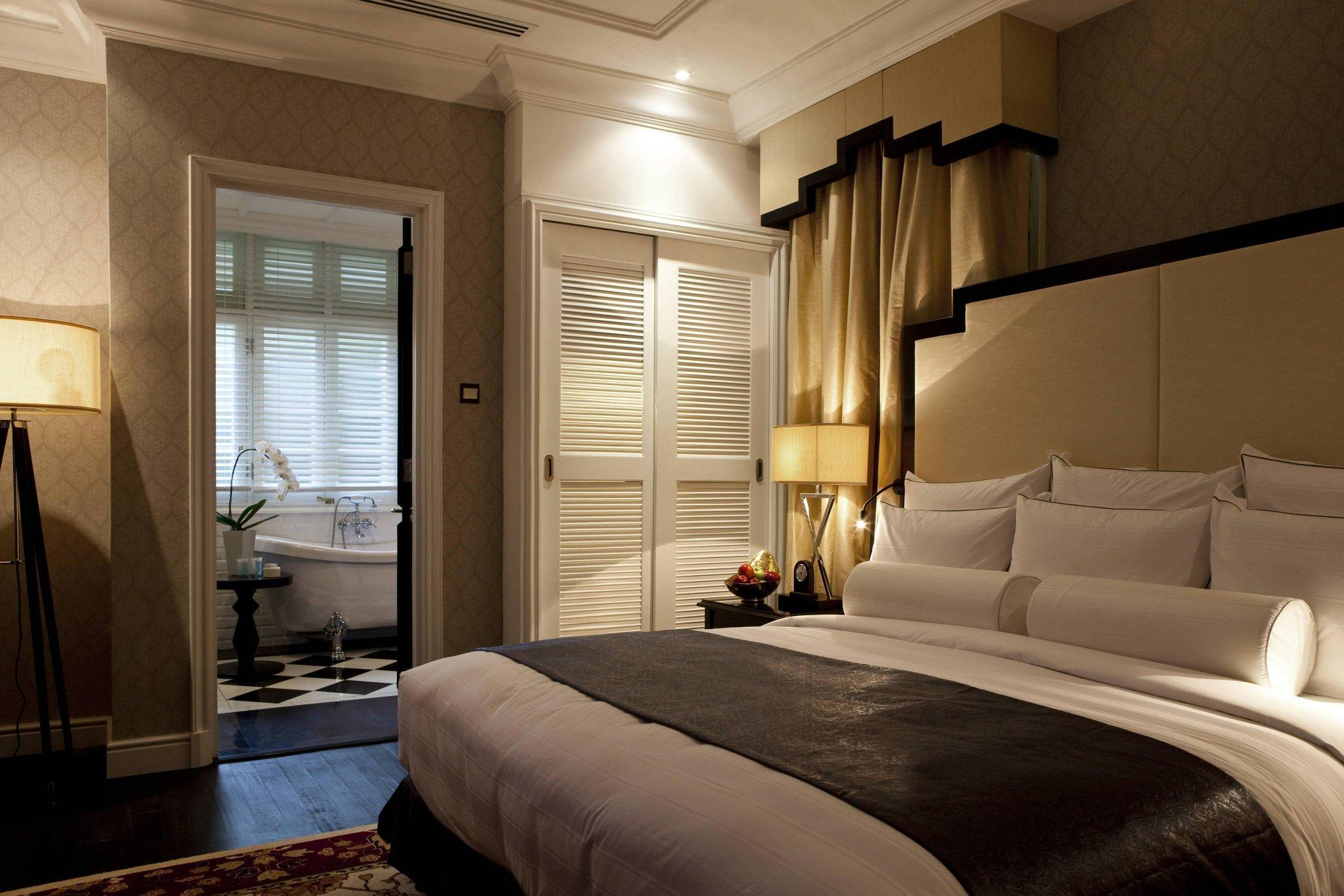 The Straits Room, Guest room, 1 King