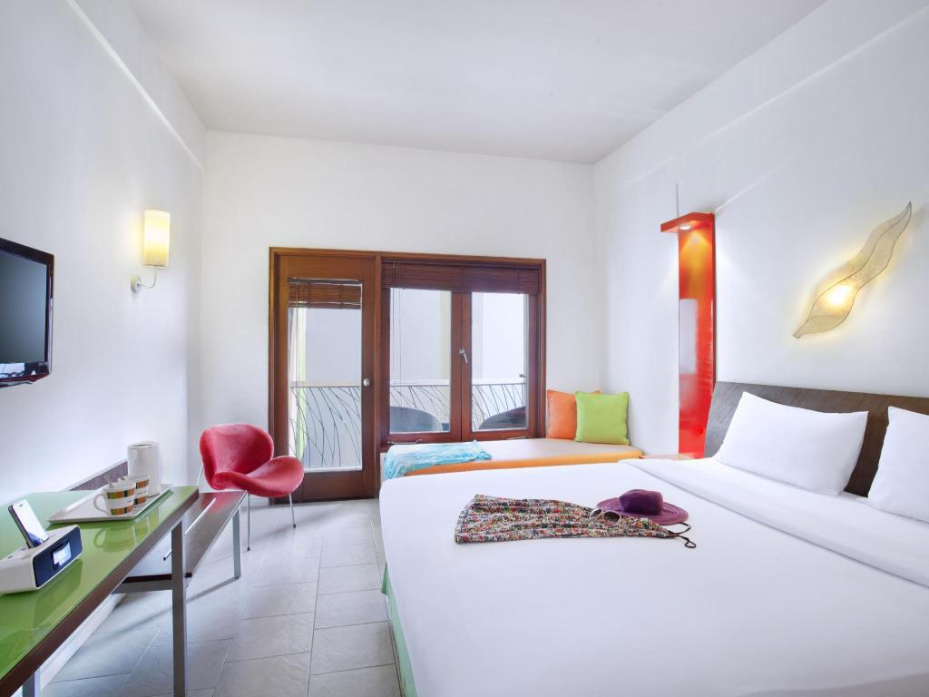 Superior Double Room - Bed All Season Bali Legian Hotel
