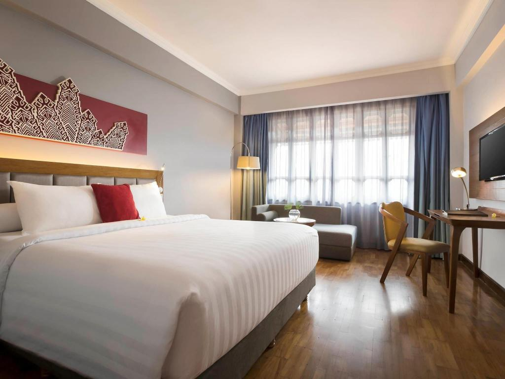 Deluxe Room with Double Bed Novotel Bukittinggi