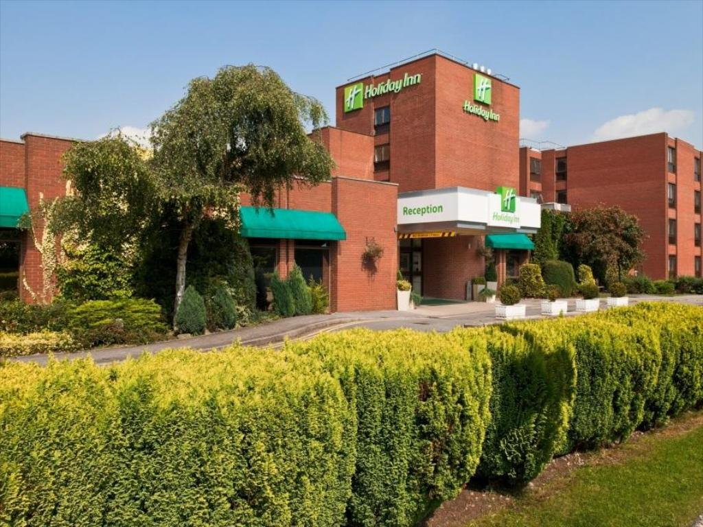 Hotel building Holiday Inn Haydock