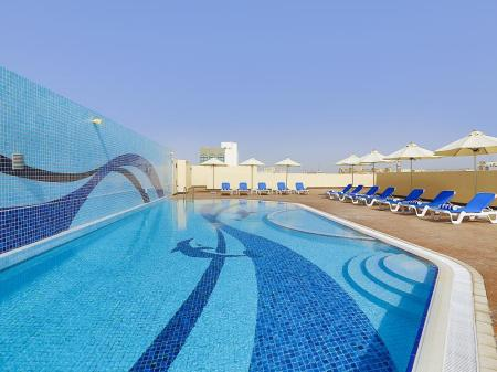Best price on gateway hotel dubai in dubai reviews - Dubai airport swimming pool price ...