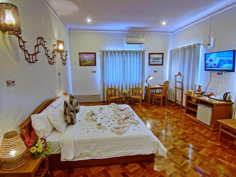 Villa Deluxe Double or Twin Room
