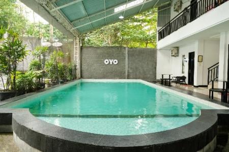 Swimming pool [outdoor] OYO 409 Pondok Helomi