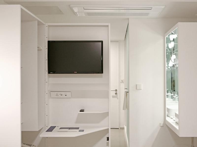 【写真はこちら】 全部で31枚 スモール ハウス ビッグ ドア ホテル (Small