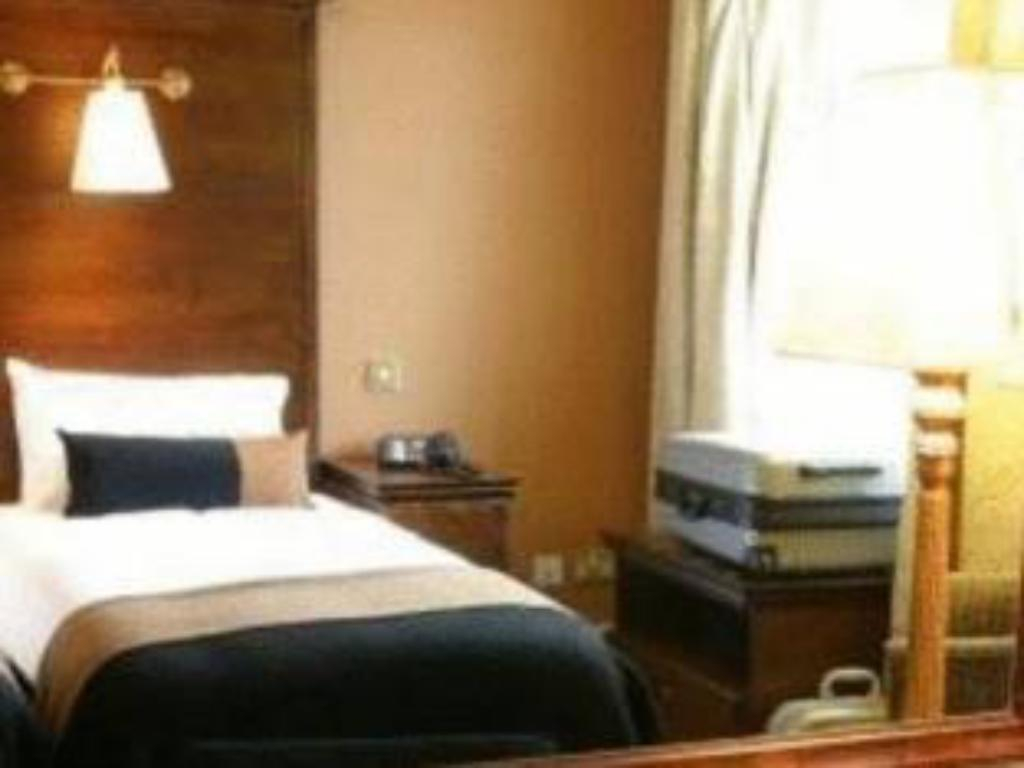 Single Room - Bed Columba Hotel by Compass Hospitality