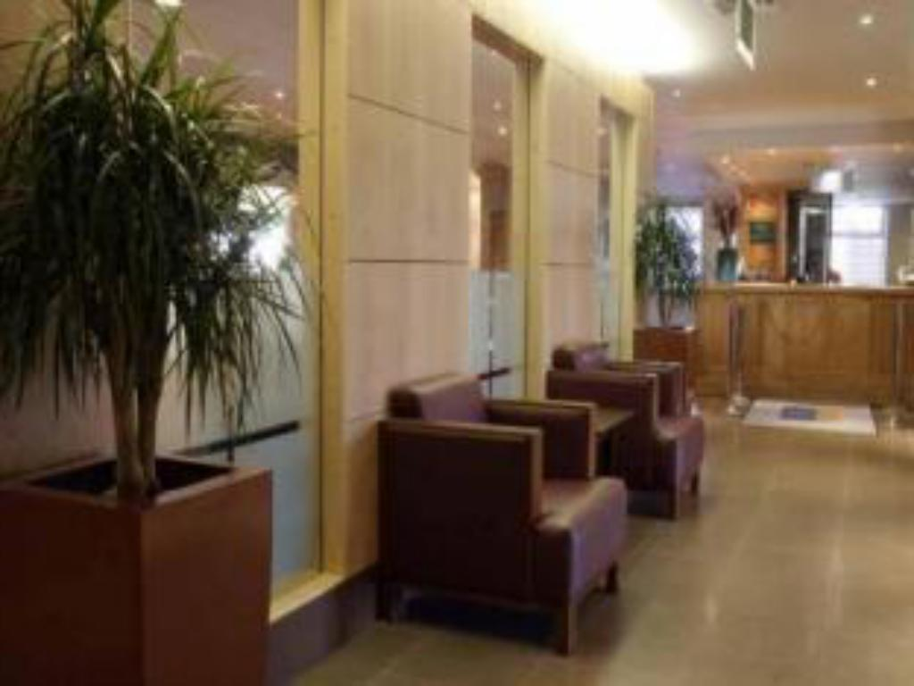 Lobby Holiday Inn Stoke on Trent
