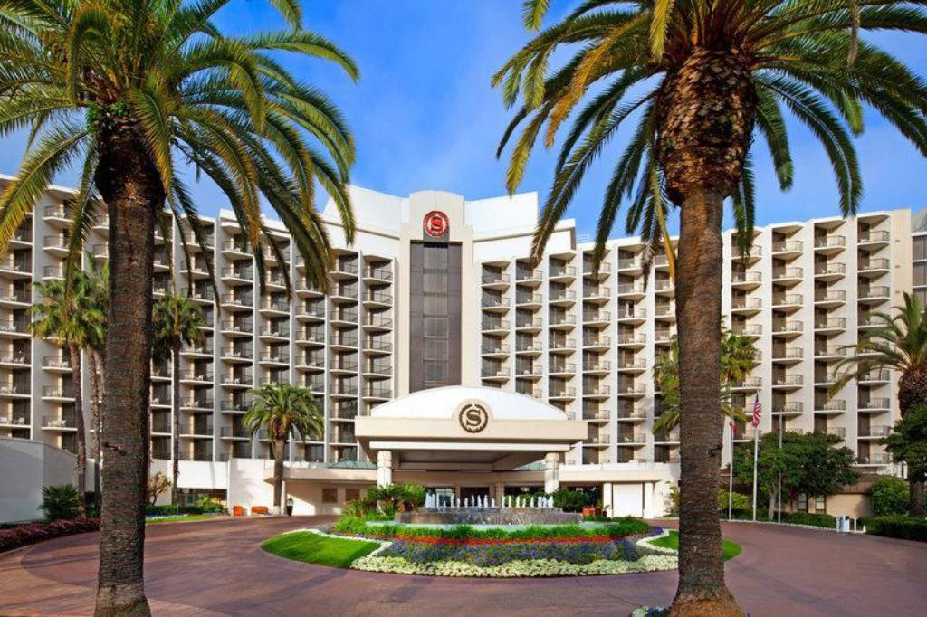 More about Sheraton San Diego Hotel & Marina