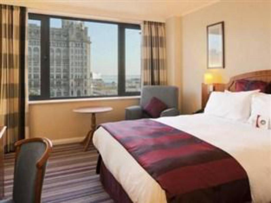 King Bed Executive Non-Smoking - 床舖 利物浦市中心皇冠假日飯店 (Crowne Plaza Liverpool City Centre)