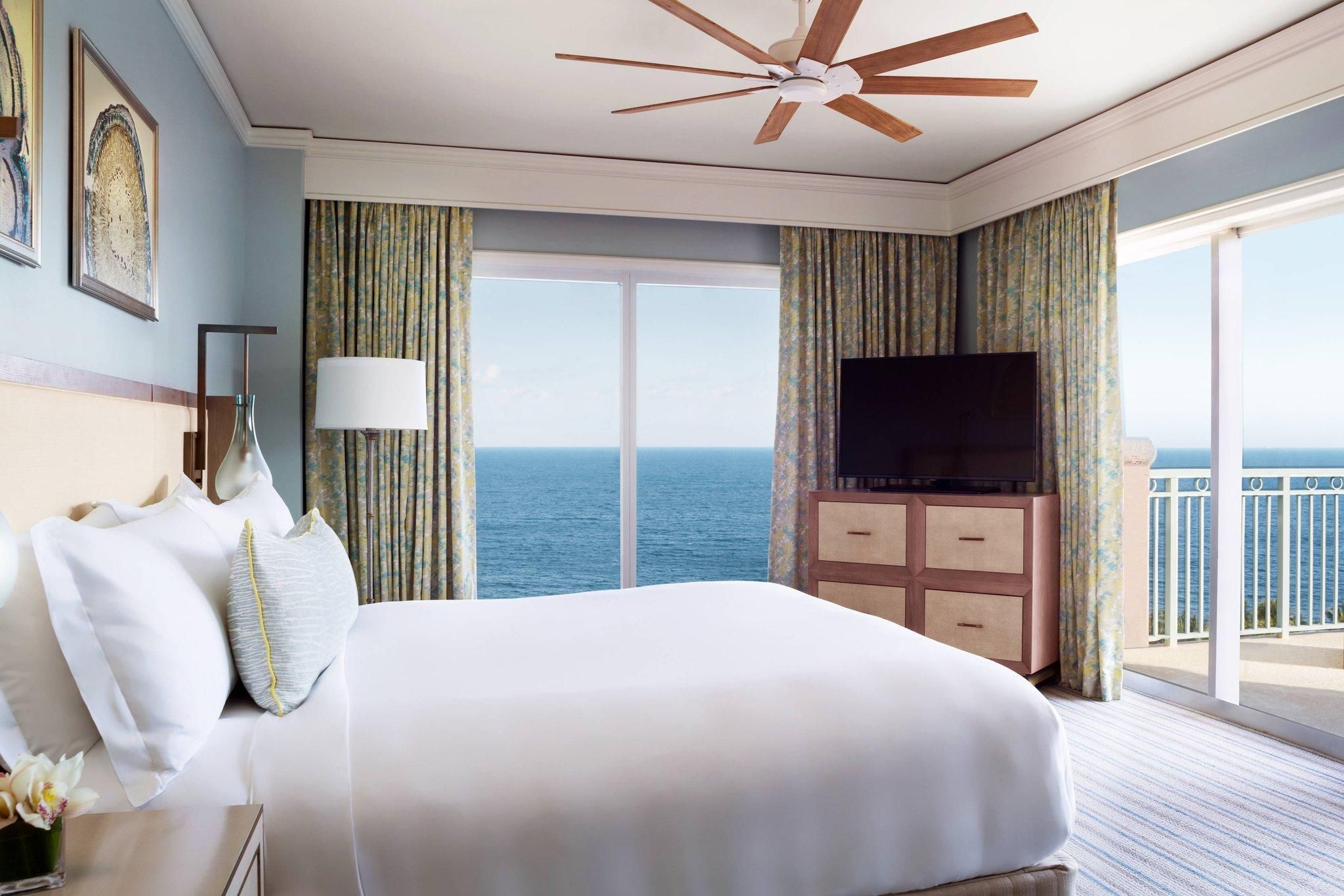 The Ritz-Carlton Suite, 2 Bedroom 2 room Suite, Oceanfront