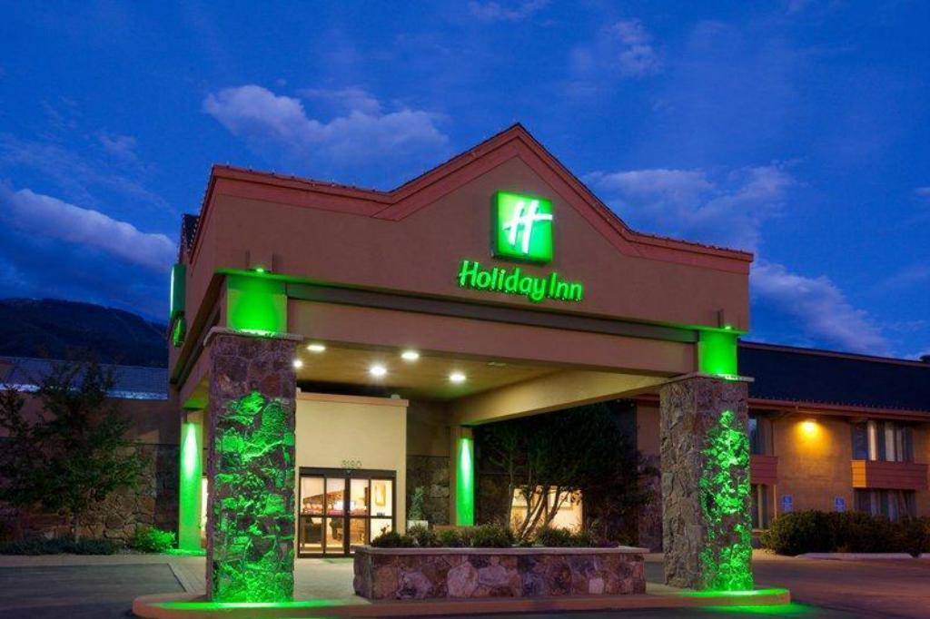 Більше про Holiday Inn Steamboat Springs
