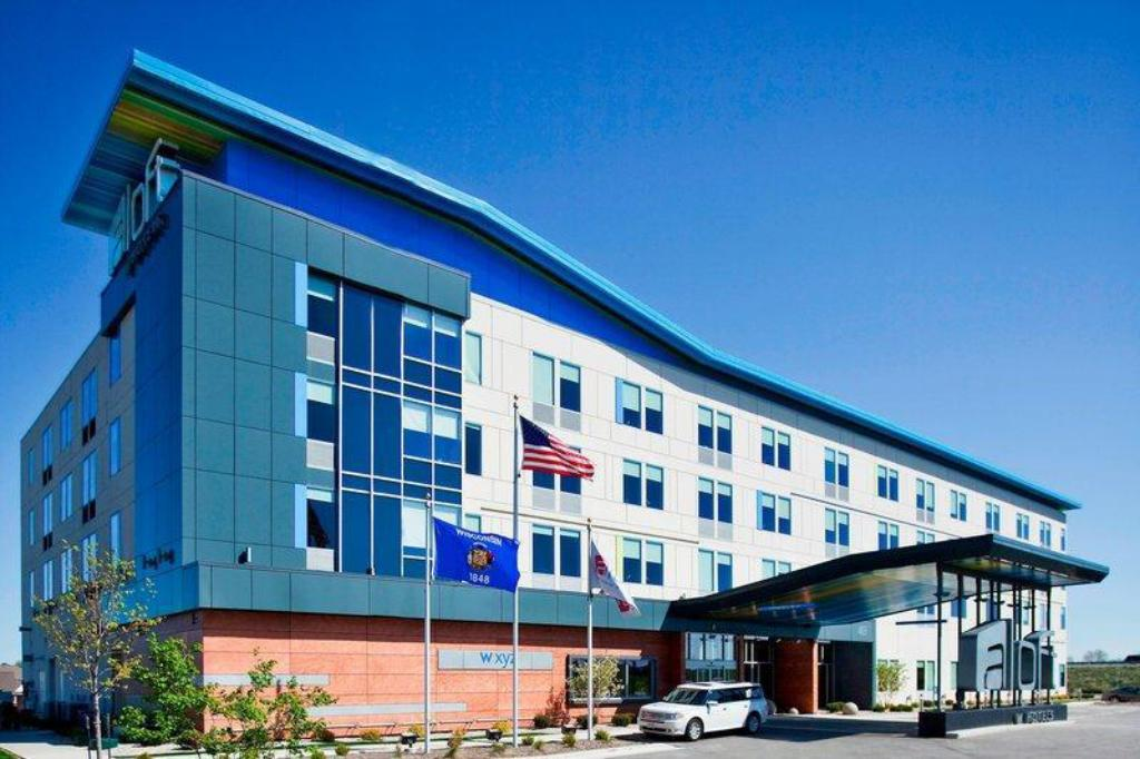 More about Aloft Green Bay