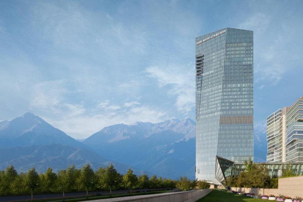 Novotel Almaty City Center, Kazakhstan - Booking.com | 682x1024