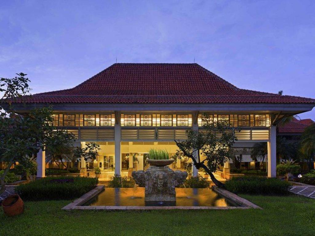 Bandara International Hotel