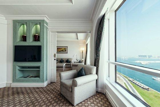 Club Suite, Club level, 1 Bedroom Suite, 1 King, High floor