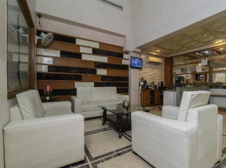 Лоби Capital O 419 Hotel JPS Residency
