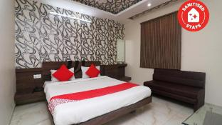 OYO 27611 Hotel Shree Regency