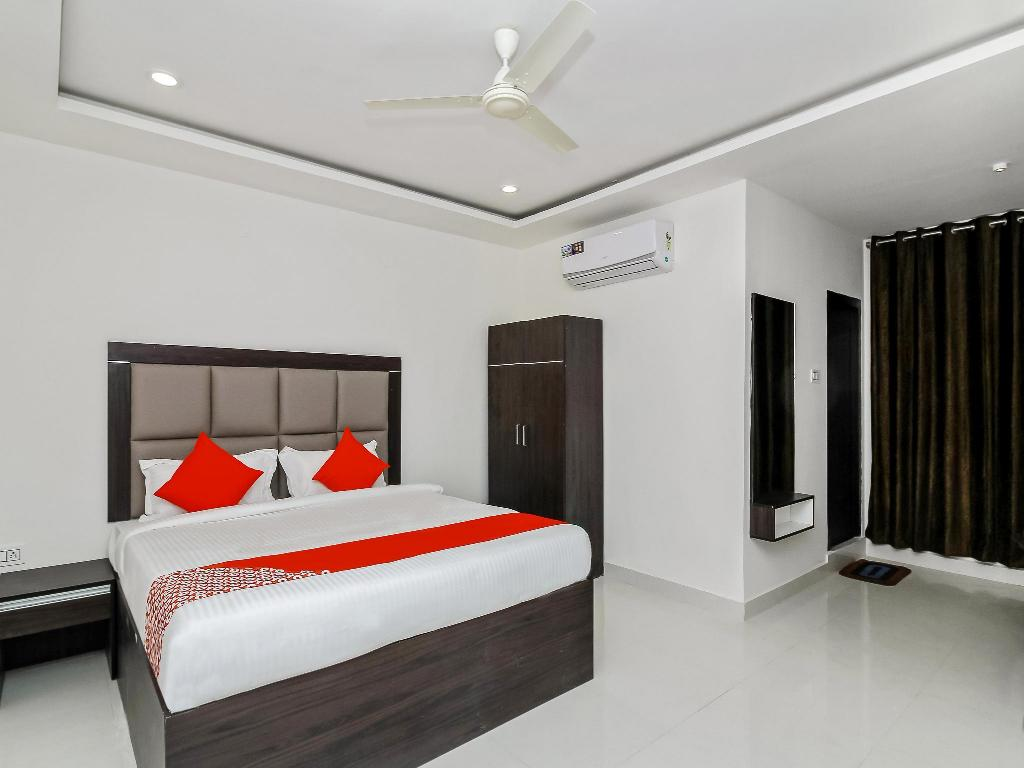 OYO 26941 Hotel Palm International