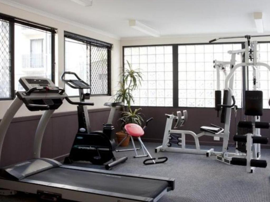 Fitness center Mont Clare Boutique Apartments