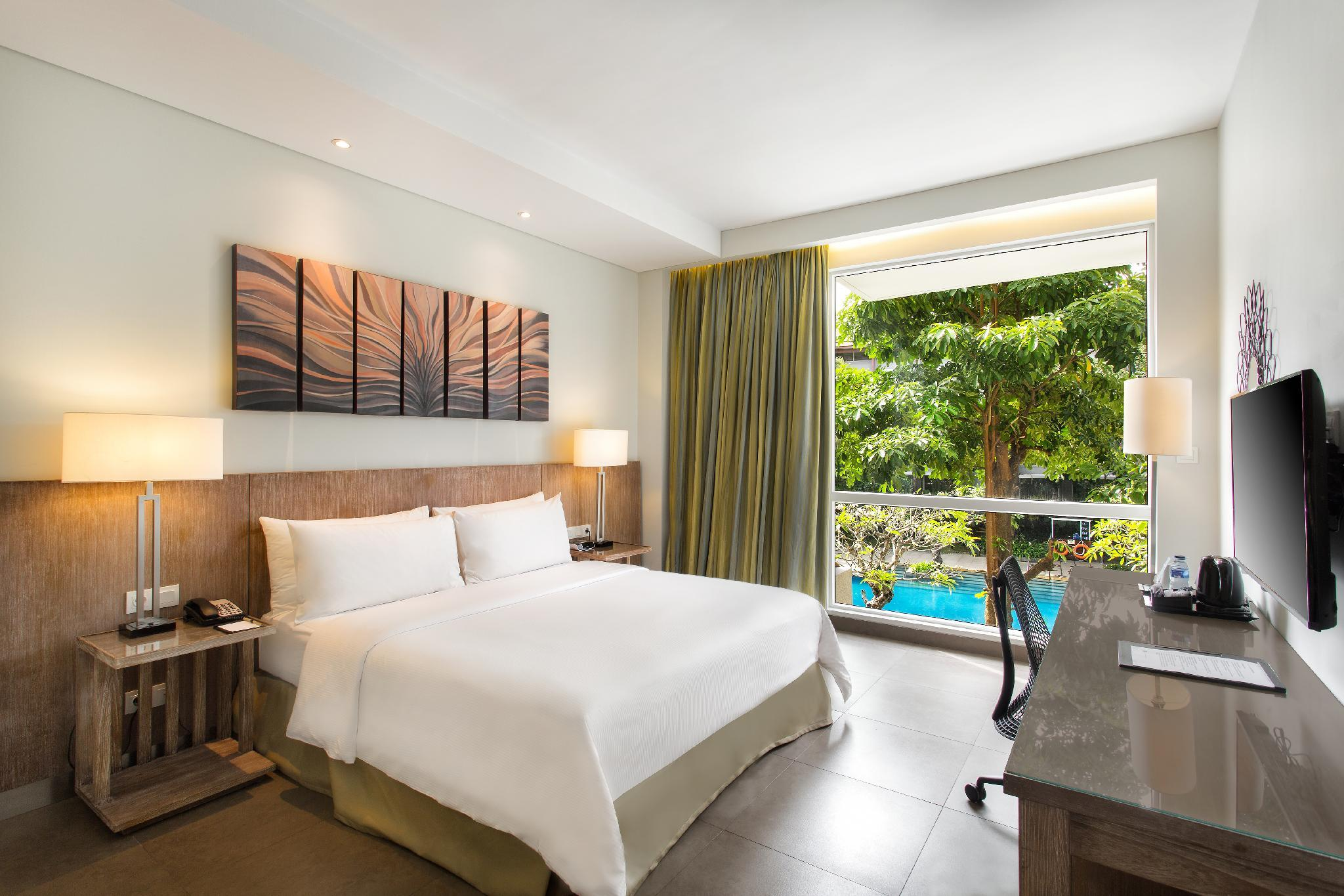 King Room with Pool View