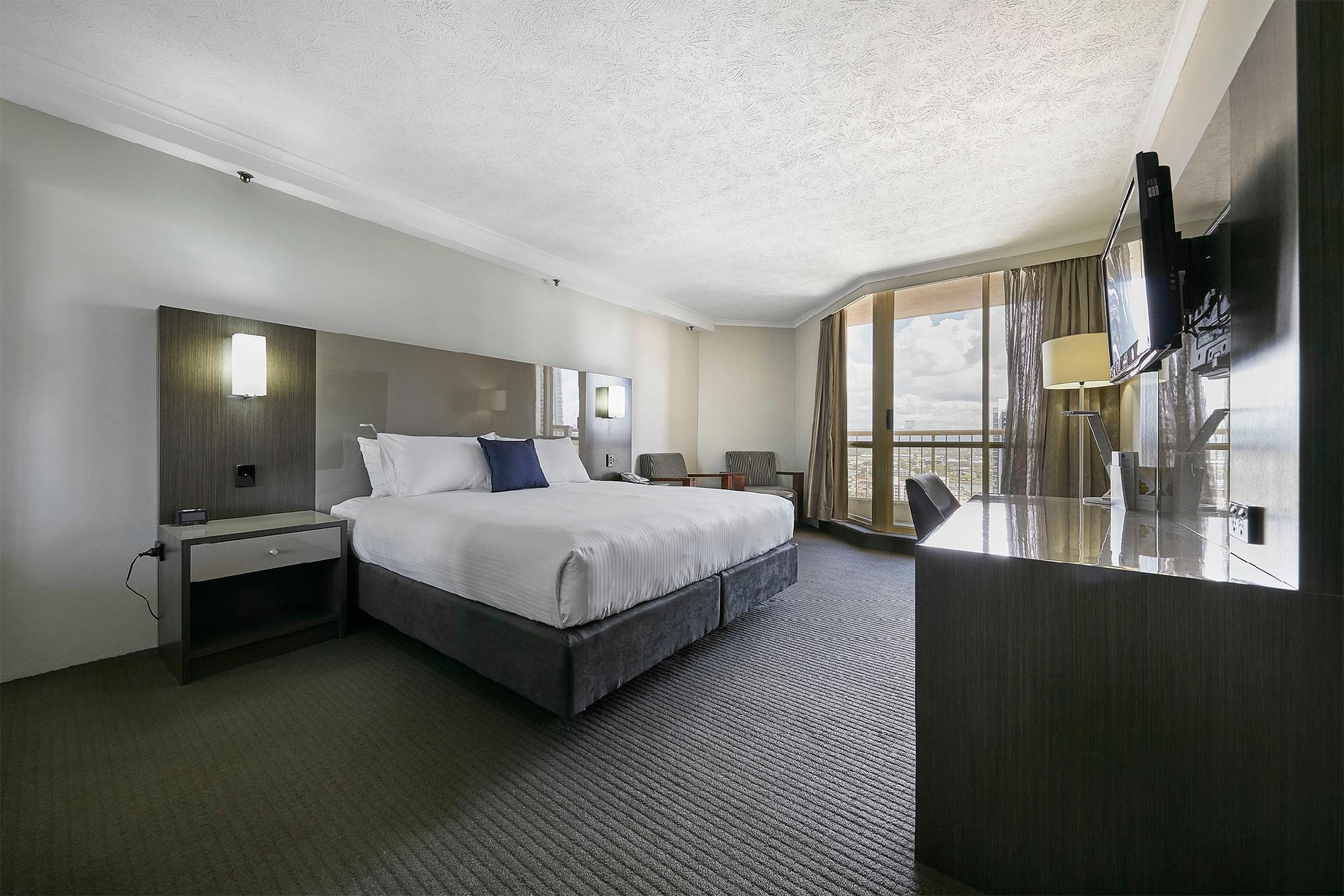 Superior Ocean View Room with King Bed