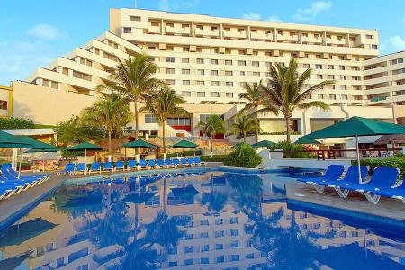 Swimming pool [outdoor] Royal Solaris Cancun Resort Marina & Spa All Inclusive