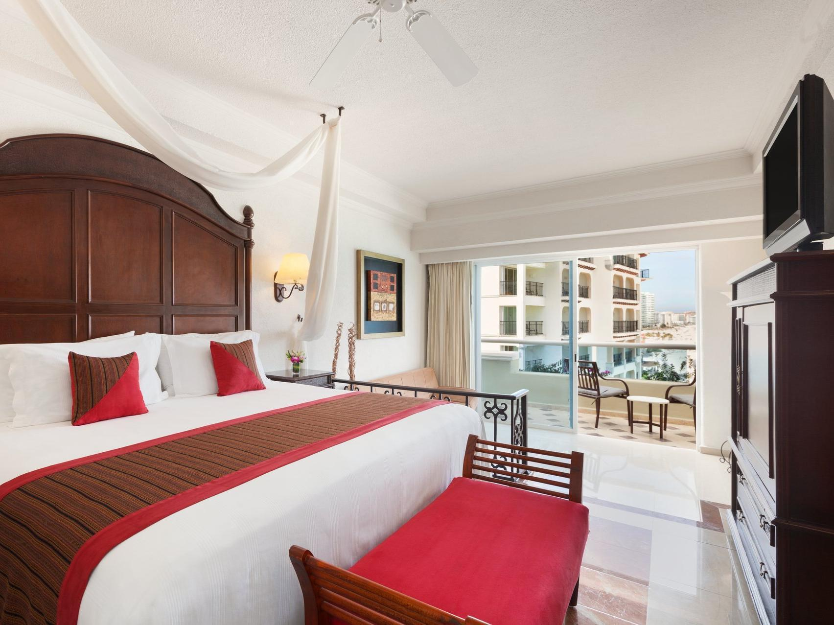 Suite Junior dengan Pemandangan Laut (Junior Suite with Ocean View)