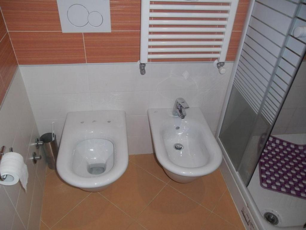 Double or Twin with Shared Bathroom Sweet Venice Guest House