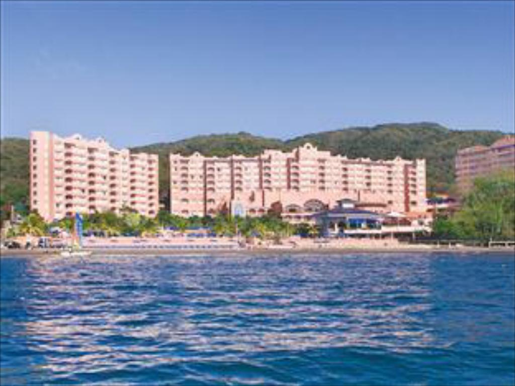 Vairāk par Azul Ixtapa Beach Resort All Inclusive & Convention Center