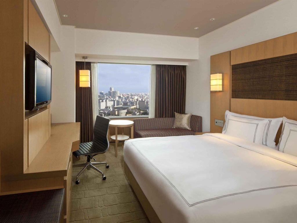 Swiss Advantage Queen Room - Guestroom