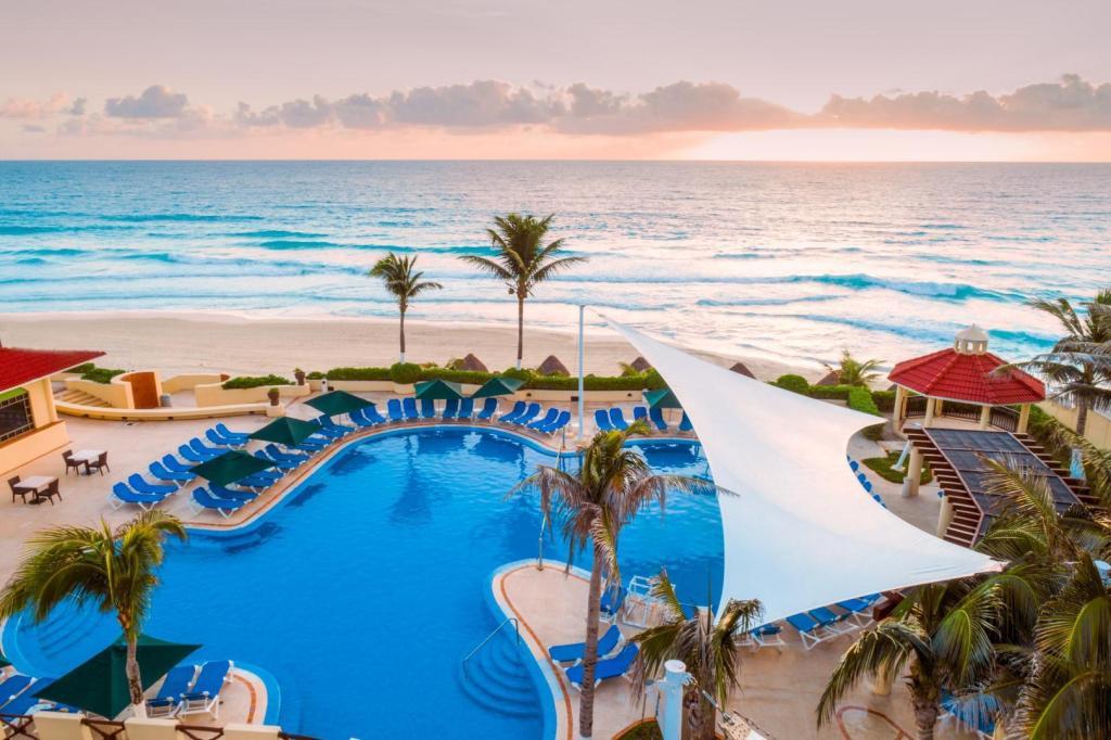 Gr Solaris Cancun Resort Spa All Inclusive In Mexico Room Deals Photos Reviews
