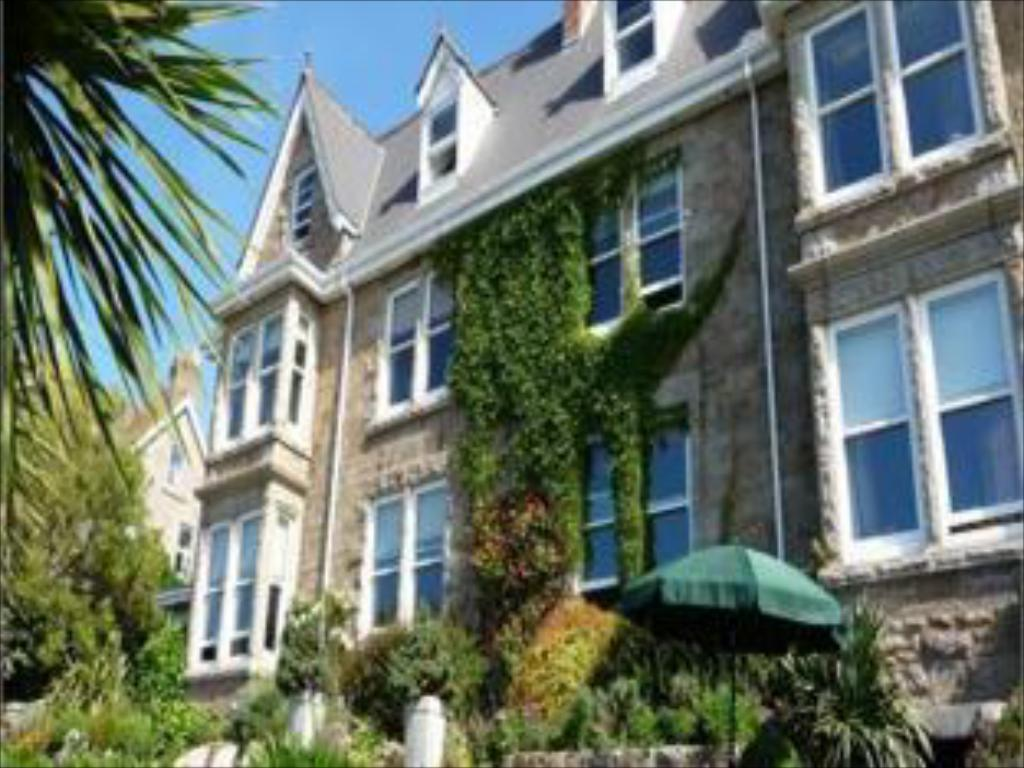 More about Hotel Penzance