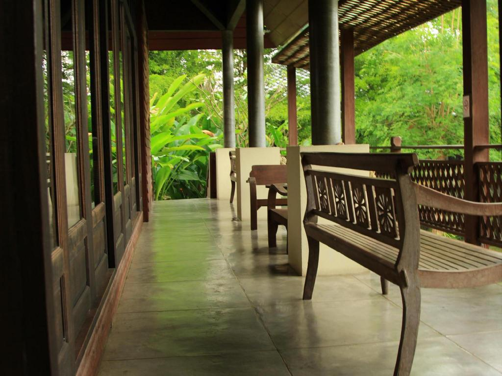 Lobby Royal River kwai Resort & Spa
