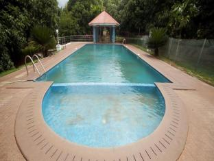 The Kuttalam Herittage Resort