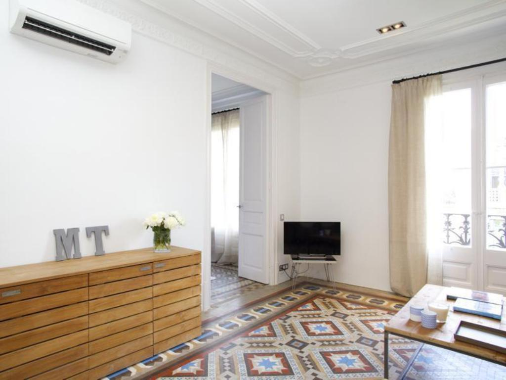 Notranjost Barcelona For Rent The Claris Suites