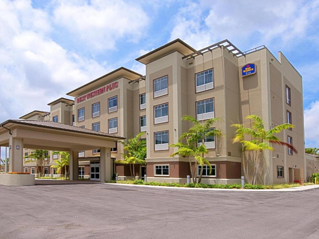 Best Western Plus Miami Airport North Hotel & Suites in ...