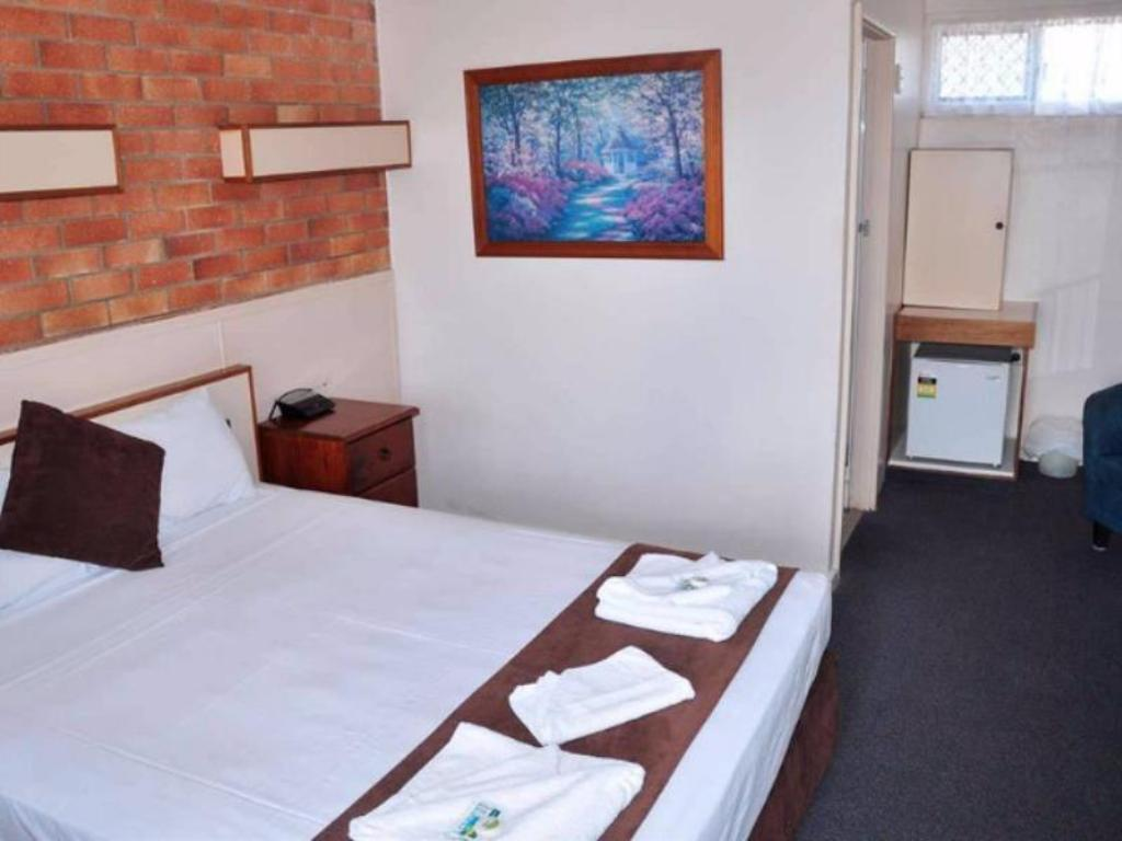 Double Room with Queen Bed Mineral Sands Motel