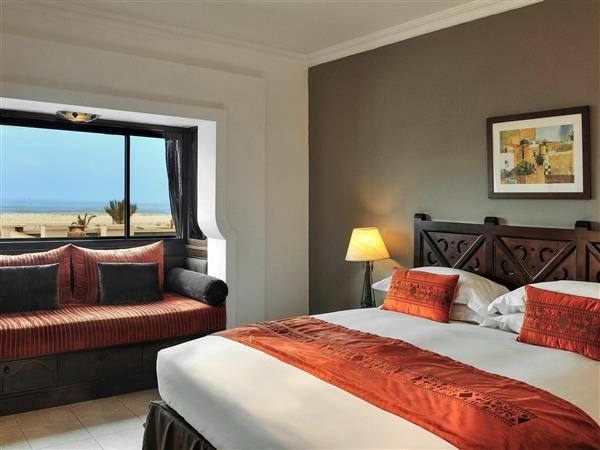 Luxury Double Or 2 Twin Beds Ocean View