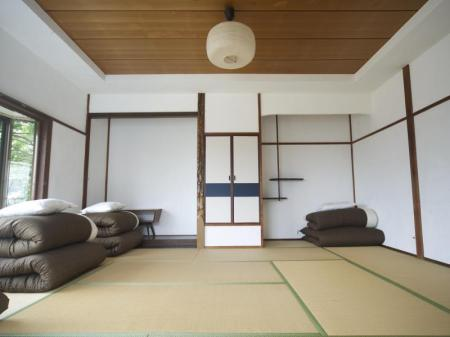 Dormitory -- Female Only Onsen Guest House HAKONE TENT