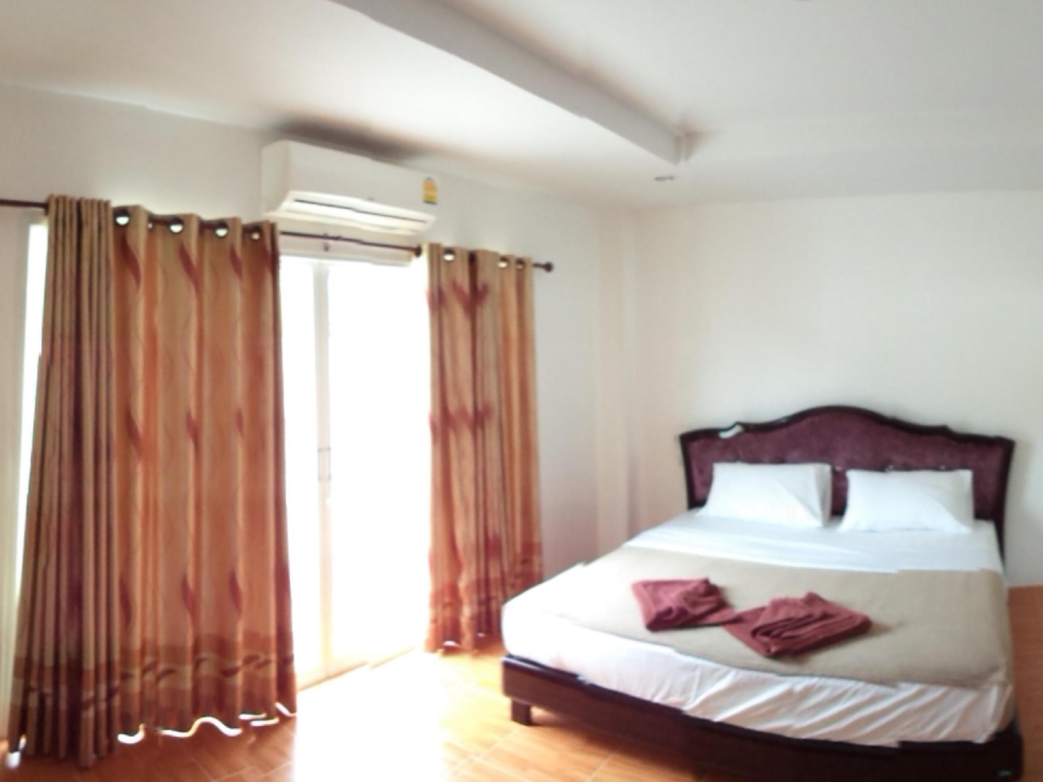 Best Price on Blanco Room & Apartments in Krabi + Reviews!