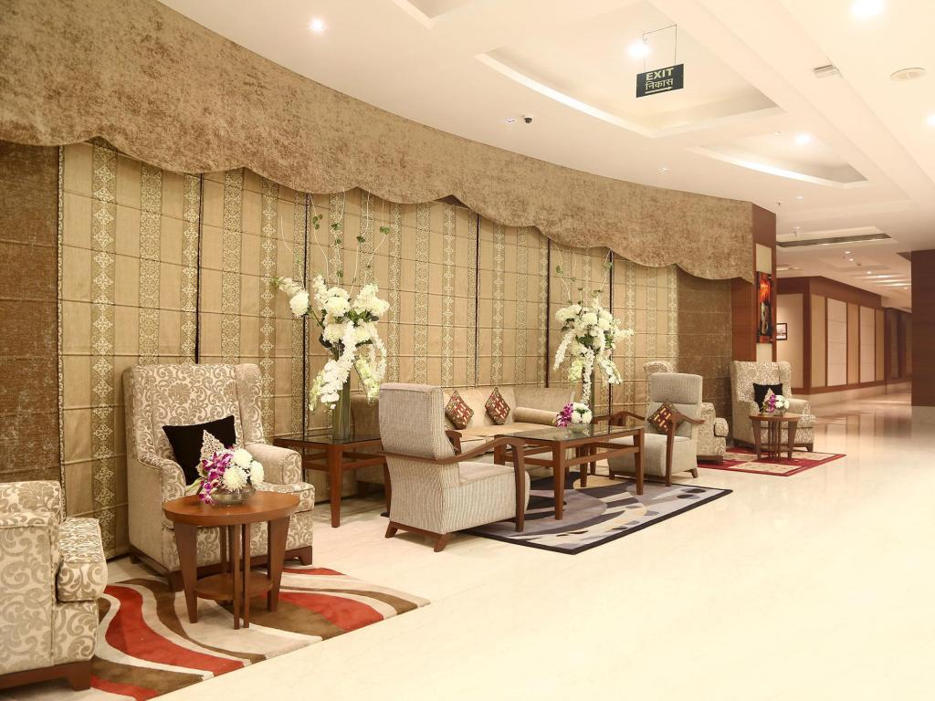 Lobby Grand Notting Hills Hotel and Resorts